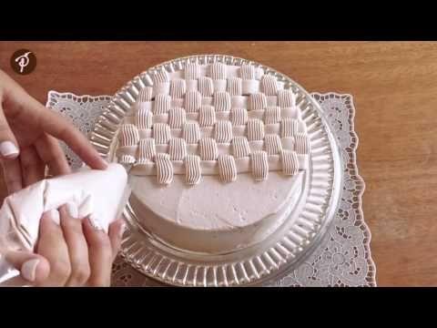 Bolos decorados em 1 minuto – Fazendo uma cesta e laços de chantilly utilizando…