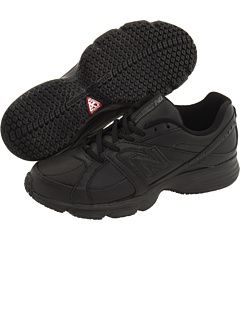 New Balance at Zappos. Free shipping, free returns, more happiness!