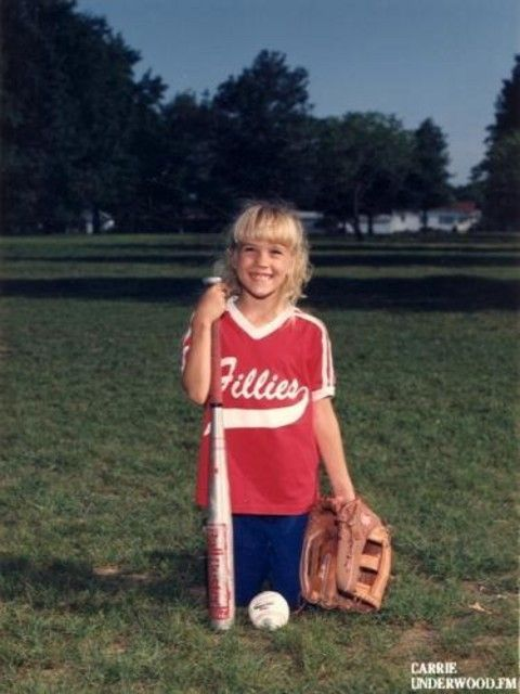 Carrie Underwood softball photo at age 8
