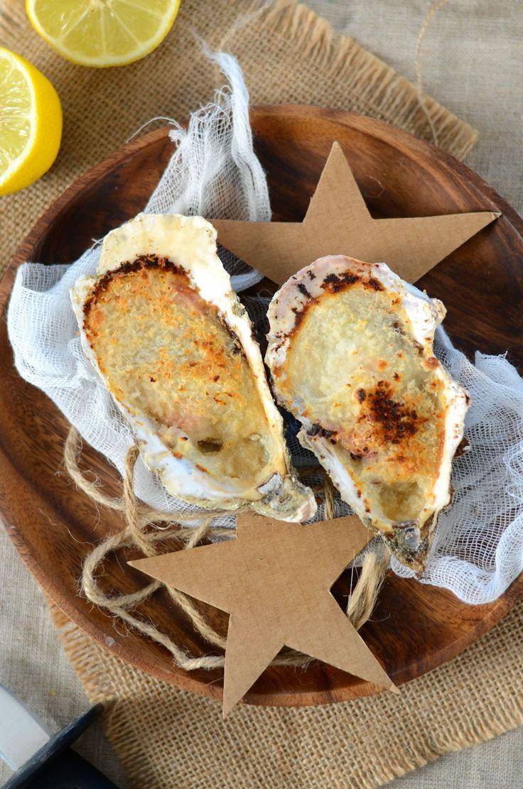 Je vous ai préparé une recette qui est souvent mise à l'honneur sur nos tables de fêtes : des huîtres chaudes gratinées au four...