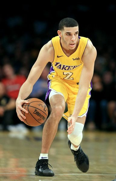 Lonzo Ball Dribbling >> Lonzo Ball Photos Photos Chicago Bulls V Los Angeles Lakers