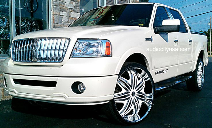 """Lincoln Mark Lt on 26"""" rims - White with powder pink embroidered leather interior (a girl can dream!)"""
