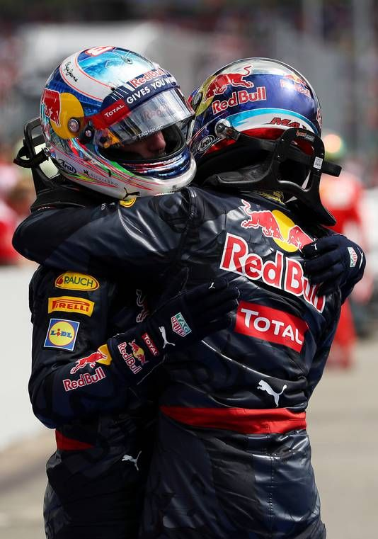 Verstappen en Ricciardo vieren de tweede en derde plaats in Duitsland