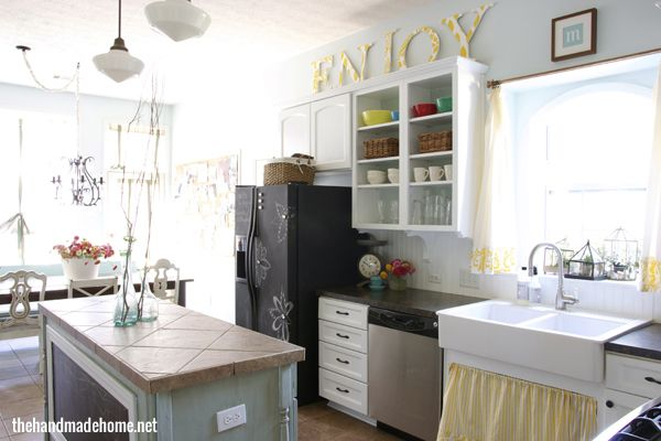 Home made home... If I ever get a house of my own I will def steal some ideas from this amazing blog!