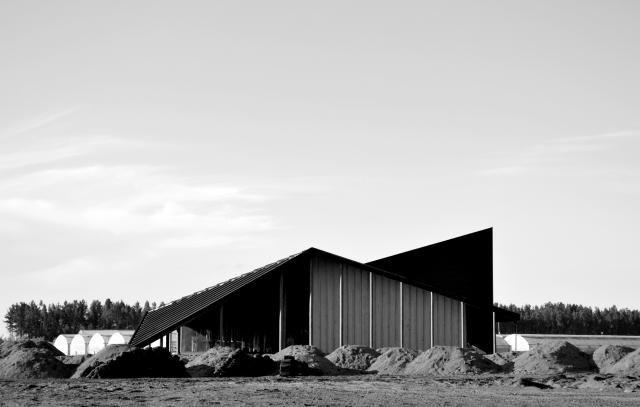 Las obras más famosas de Alejandro Aravena, el arquitecto de los pobres, premio Pritzker 2016