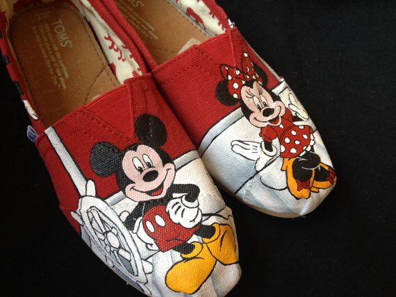 Who does't love Mickey and Minnie