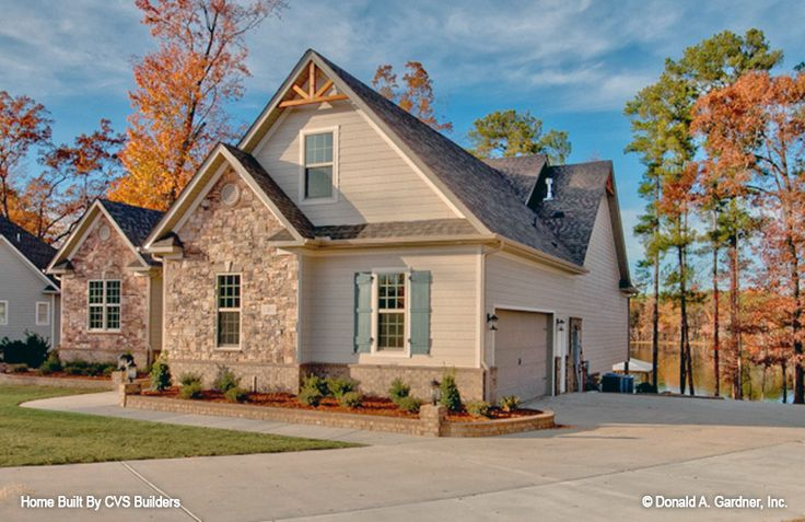 406 best craftsman home plans images on pinterest house for Brodie house plan