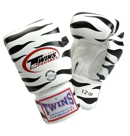 Muay Thai Gloves Twins Tiger Boxing Gloves Thai Boxing