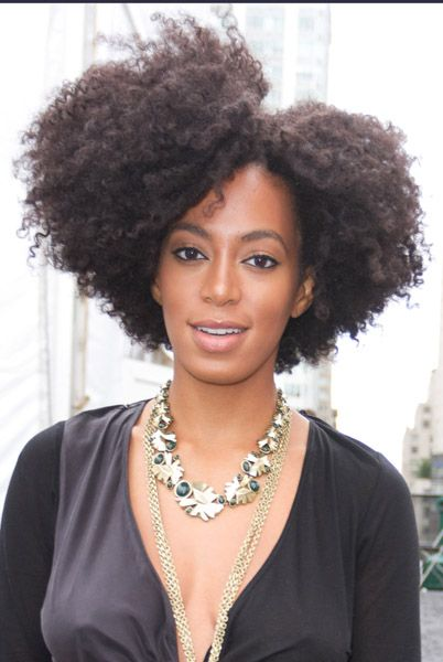 Love the shape of Solange's fro!