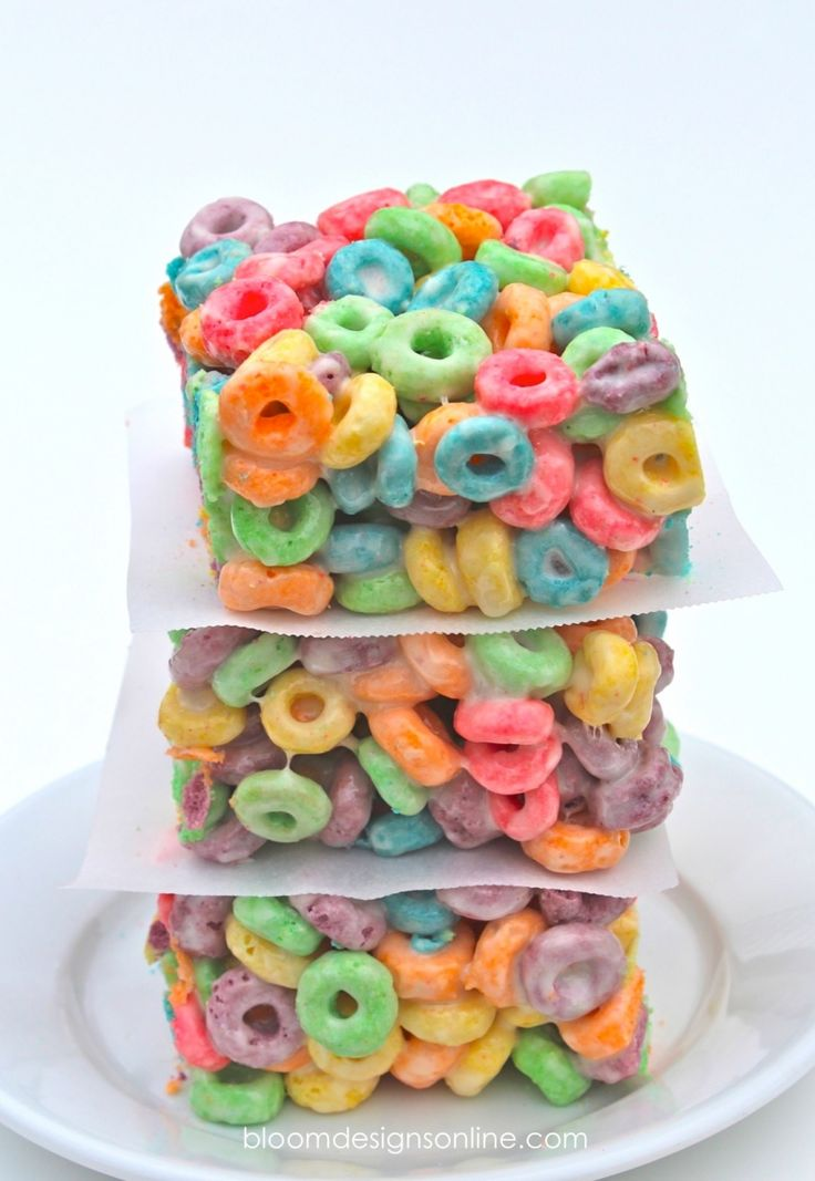 Fruit Loops Treat Bars - PW suggests drizzling with white chocolate & mentioned with pretzels...I'd say break up some pretzel sticks & fold in