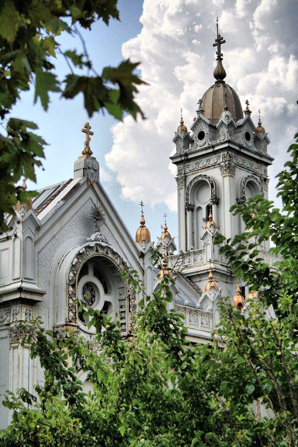 iron church in istanbul, haliç