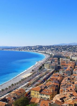 Vue de la #Baie des #Anges et de la ville de #Nice #Côtedazur #FrenchRiviera