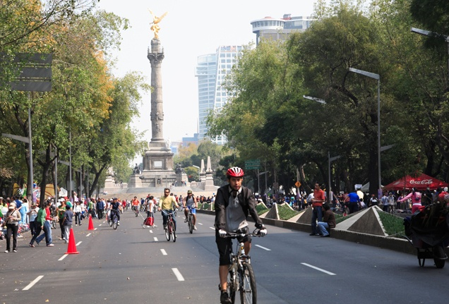 One of the most wonderful occurrences in Mexico City Every Sunday along one of the city's main thoroughfares, the Paseo de la Reforma traffic stops. The three-mile (5-km) section between Chapultepec Park to the Zócalo is closed to cars for six hours between 9:00 am and 2:00 pm, giving cyclists and pedestrians free rein and providing visitors with a great opportunity to see this section of the city on foot. Bikes can be rented by t...