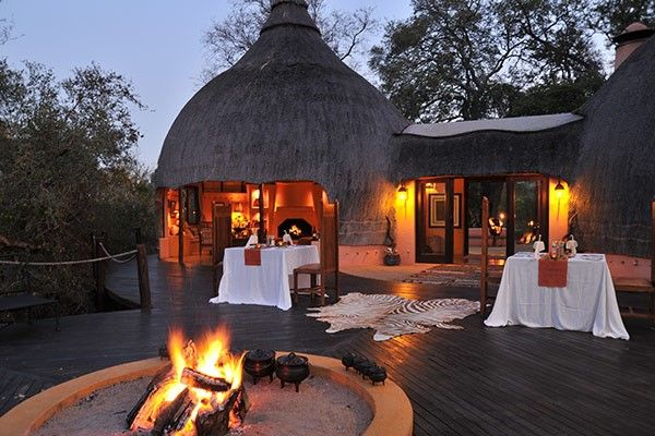 The distinct thatched peaks peeping over the tree-line with hints of burnt orange flashing through lush Leadwood indicate your imminent arrival at Hoyo Hoyo Safari Lodge, set on the banks of the Mluwati River in the heart of the Kruger National Park.