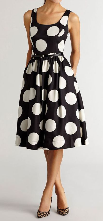 black + white polka dot dress.. amazing arm, lean legs, slim body.. A new breakthrough 15 minute Workout App to guide you with Day-by-Day diets and fitness workouts that will transform your body into New You: strong, slim and fit!