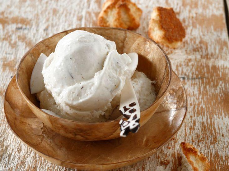 Découvrez la recette Glace noix de coco sorbetière sur cuisineactuelle.fr.