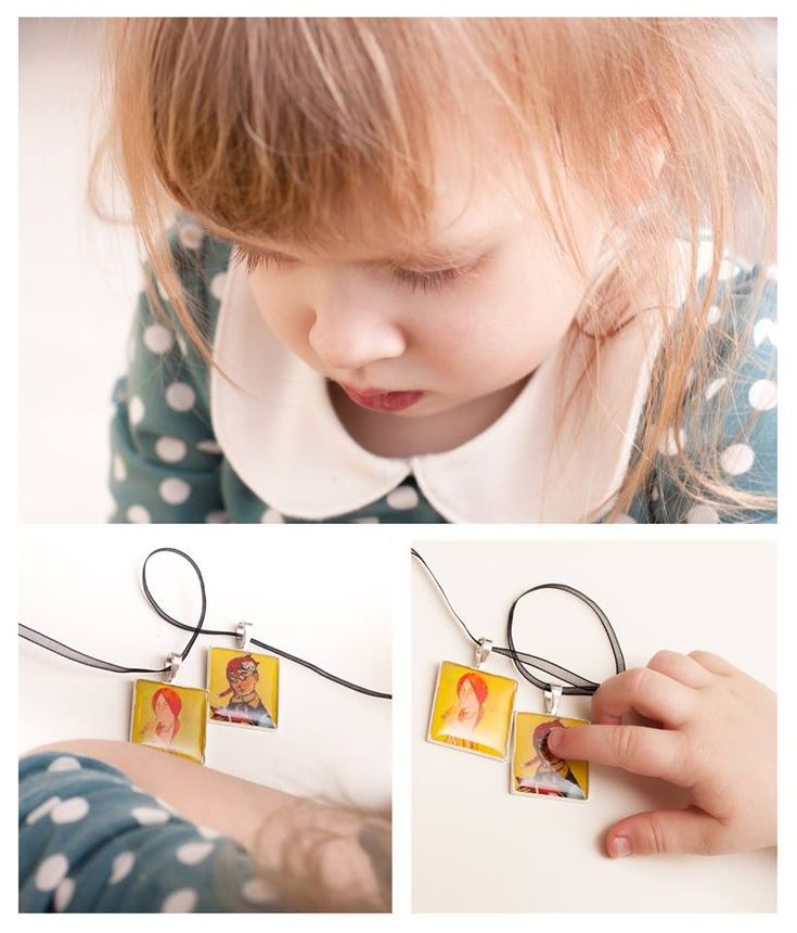"""I want two at once!"" New ideas from creative kids :) ""GIRL WITH A BIRD"", ""READER WITH CATS"", pendants with images of original artworks by Alexander Sokht (under permission of the artist). photo by ©Irina Kulikova XPgallery , Prague #art #art_kraft #gift #pendant #Alexander_Sokht #XPgallery #Prague #Prag #Praga"