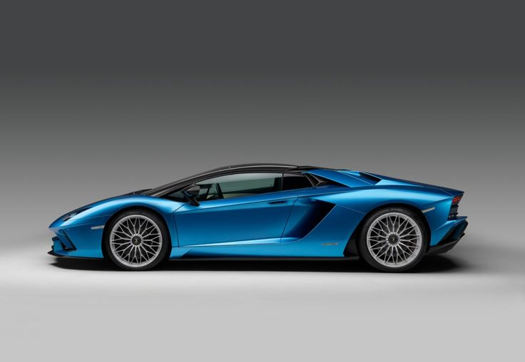 After the unveiling of the new generation of Lamborghini's flagship model, the Aventador S, it was inevitable that a drop-top version would be on its way.