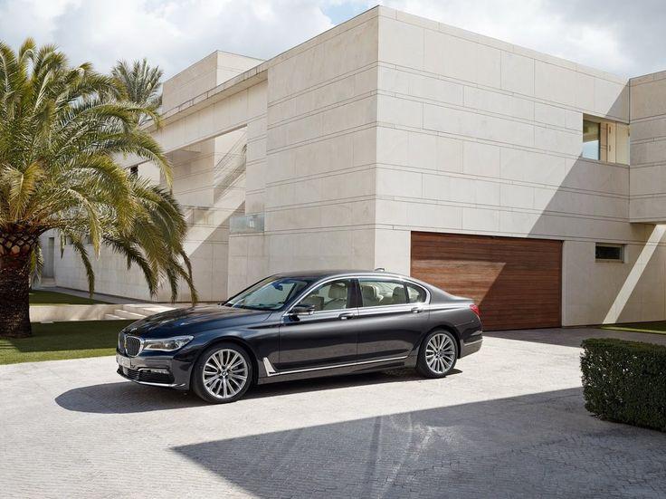 http://autokult.pl/26949,najciekawsze-premiery-minionego-roku-najwazniejsze-nowe-samochody-sportowe-i-luksusowe,5