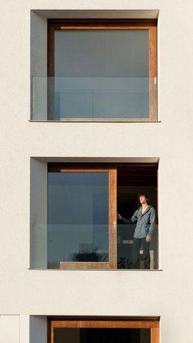 sliding window / balcony