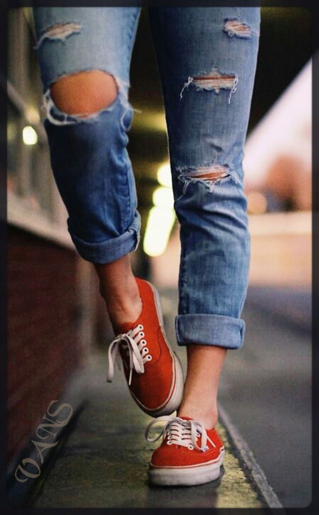 Do skinny jeans look good with vans