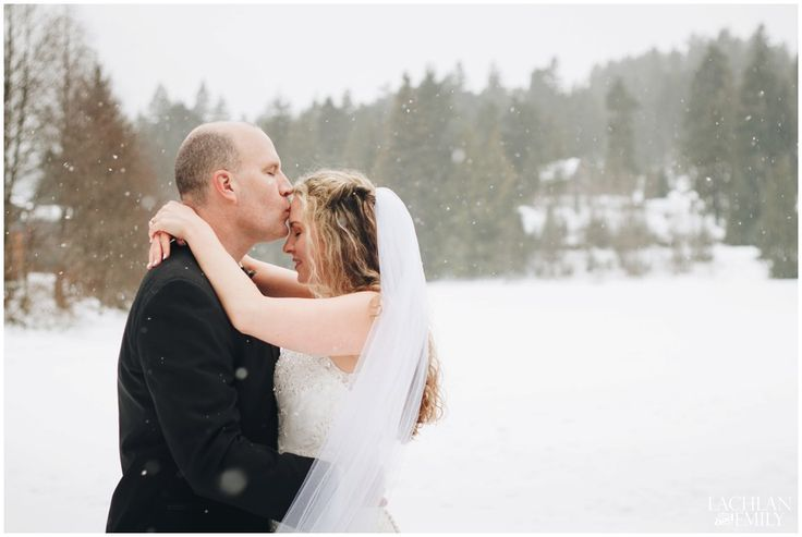 Winter Wedding Photography in Whistler at Nita Lake Lodge| Lachlan and Emily Photography