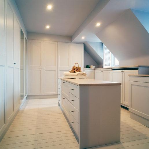 dressing room - lovely lighting b+villas - Luxury Living :: renovation