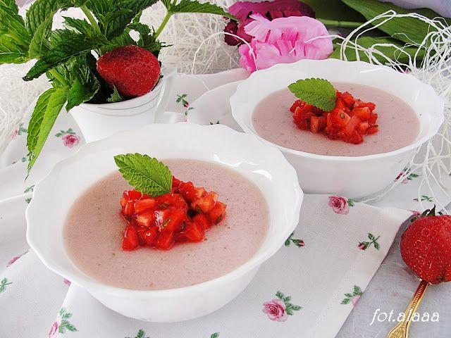 Ala piecze i gotuje: Kasza manna truskawkowa z salsą truskawkowo miętow...