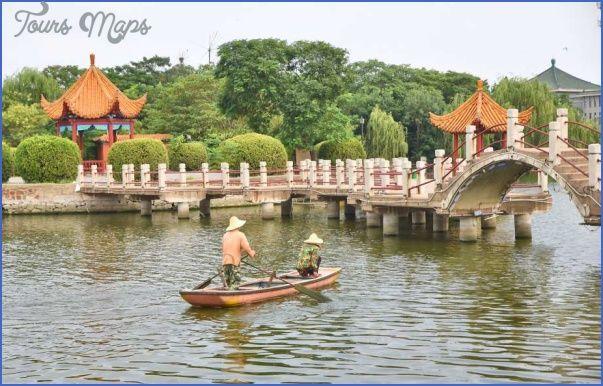 nice From Beijing to Xi'an via Anyang, Zhengzhou, Songshan, Kaifeng and Luoyang