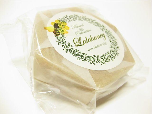 Honey beeswax cold process soap using almond oil 手作り手づくりハンドメイド蜜蝋石鹸 せっけん/石けん/ソープ/蜂蜜/ハチミツ コールドプロセス はちみつショップ ぷちはに 富山県(とやま)