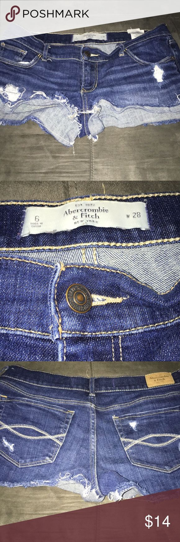 Abercrombie and Fitch Shorts Sz 6 Abercrombie and Fitch Shorts Sz 6 some wear Abercrombie & Fitch Shorts