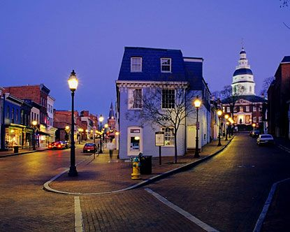Downtown Annapolis, Maryland. Rustic New England feel with great weather, shops, locals, and plenty of entertainment!