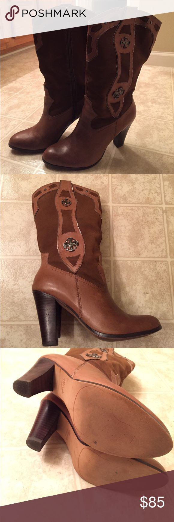 Beautiful Miranda Lambert boots Used them for two occasions only (two country music concerts) Miranda Lambert Shoes Heeled Boots