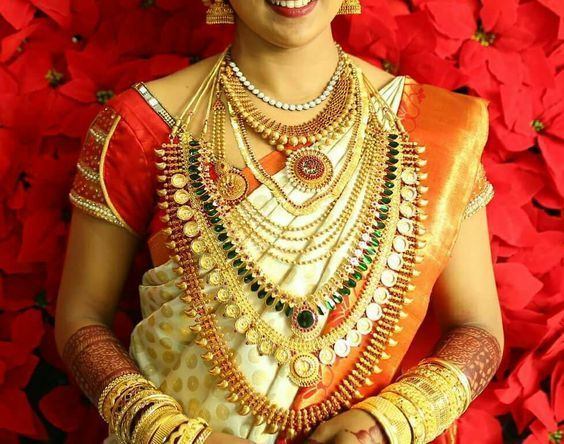 Ultimate Guide To Find Best Kerala Wedding Jewellery Sets Ideas South India Jewels In 2020 Traditional Bridal Jewelry Bridal Jewelry Collection Jewelry Set Design