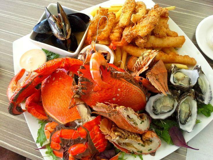 Currumbin Beach Vikings - Seafood Platter for 2