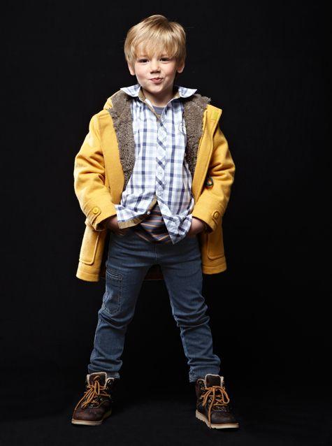 #Manteau duffle coat / #chemise à carreaux manches longues / #jean slim / #bottines en #cuir - Collection automne hiver 2013 - www.vertbaudet.fr