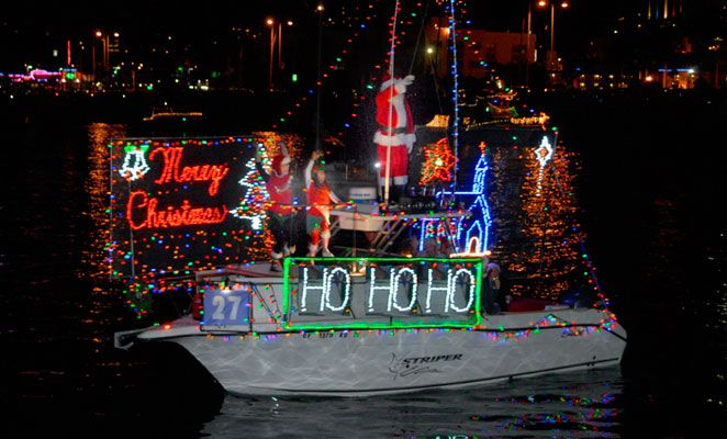 The San Diego Bay Parade of Lights takes place every December. 80 decorated boats will pass by outside our hotel! Places to watch include the Embarcadero, Seaport Village, or Shelter Island. #sandiego #holidays #christmas