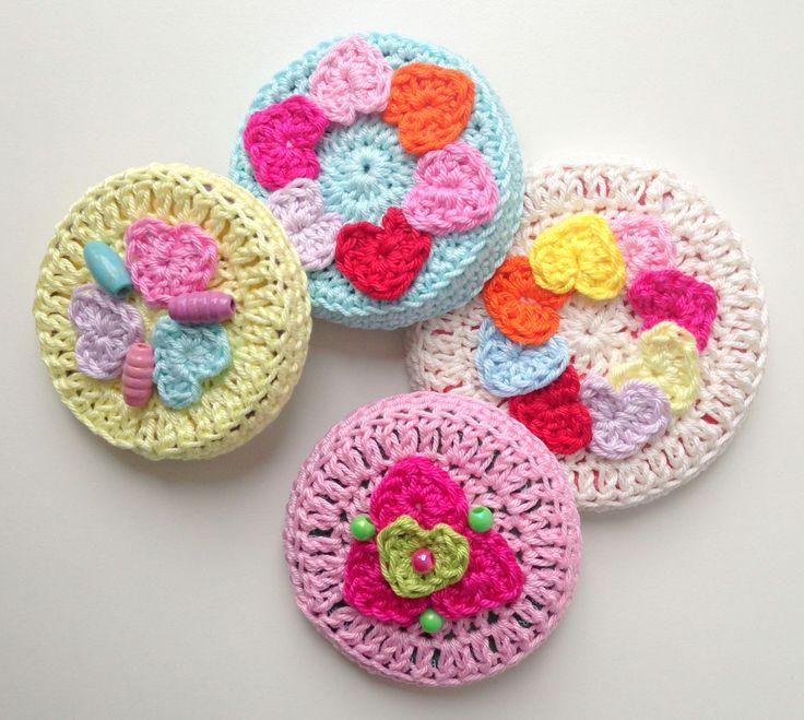 @ maRRose - CCC: Valentine's Jar s - lid covers - free pattern ༺✿ƬⱤღ https://www.pinterest.com/teretegui/✿༻