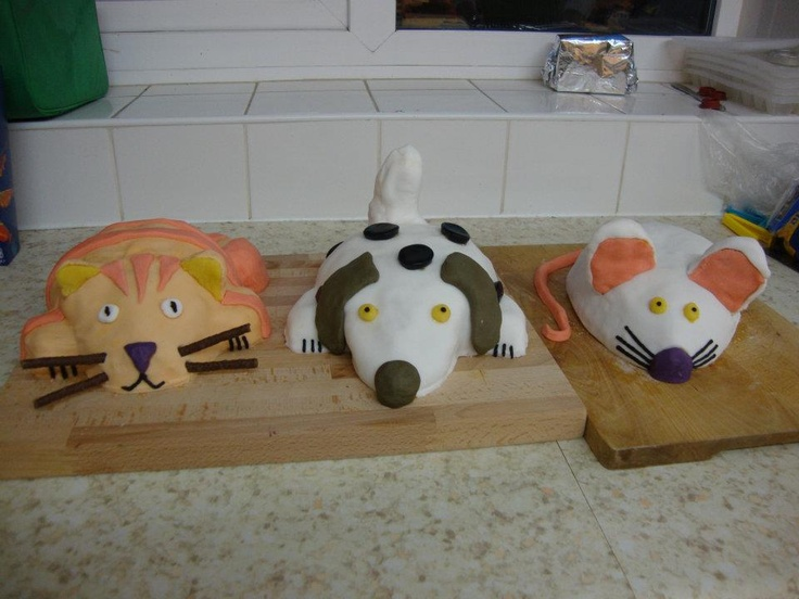 Animal cakes (cat, dog, mouse) for Emilia's 5th birthday