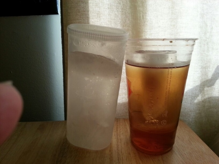 Drink Container Keeps Ice Cold For  Hours