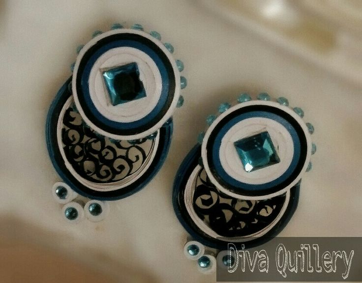 Quilling earrings..just to make you look gorgeous