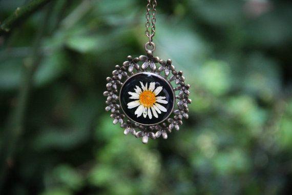 Daisy Chrysanthemum Leucanthemum Resin Pendant by SavageSpell