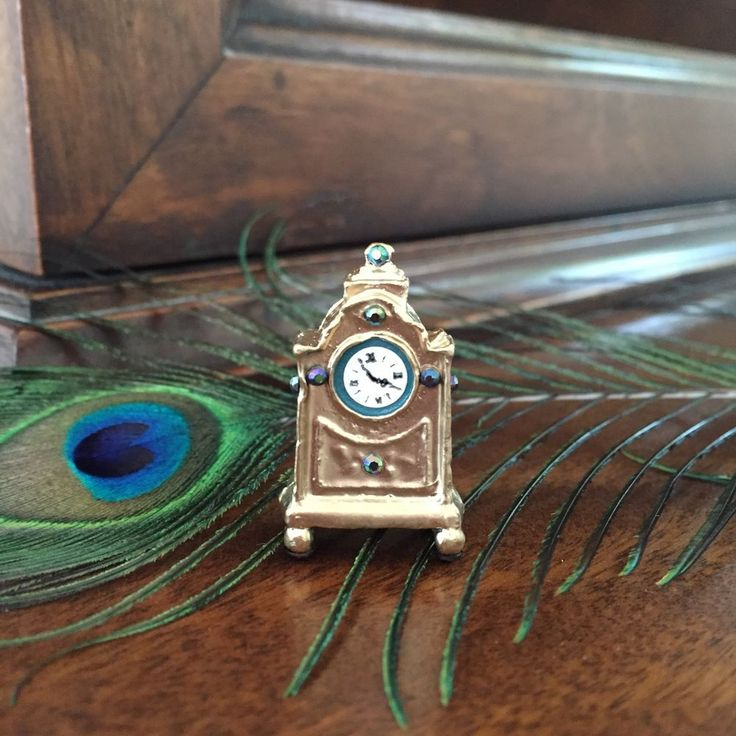 Dolls House Dollhouse 1 12 Miniature Hand Painted Metal Mantel Clock Teal Gold | eBay
