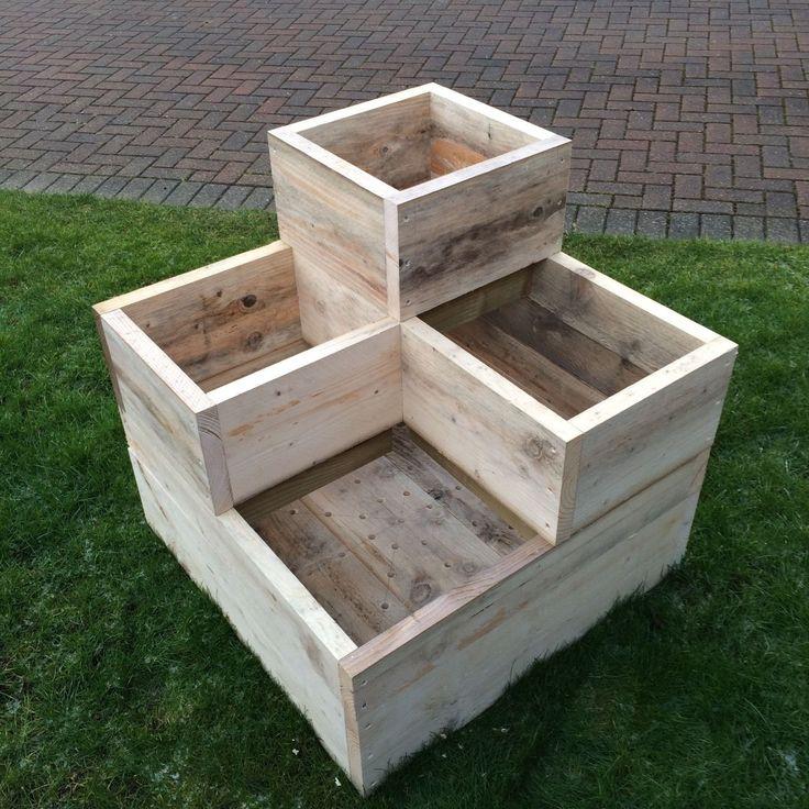 The 25 best wooden garden planters ideas on pinterest for Wooden garden planters