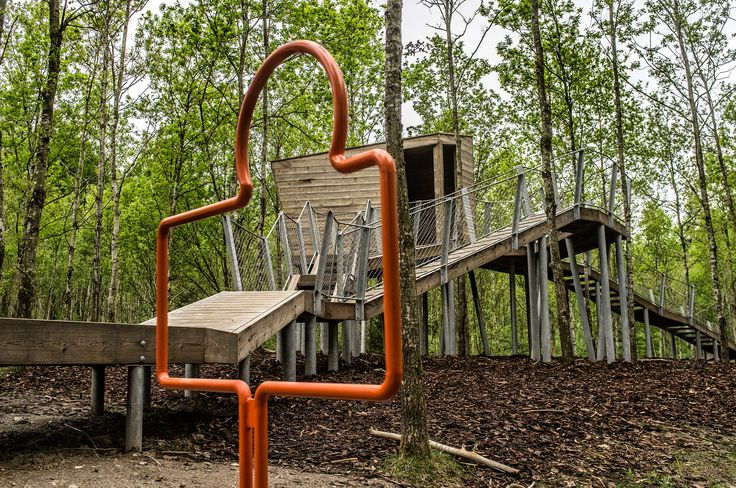 Kebony was selected for its hard-wearing qualities that can withstand exposure to the elements without splintering, making it a safe and fit for purpose wood, suitable for use in a playground.