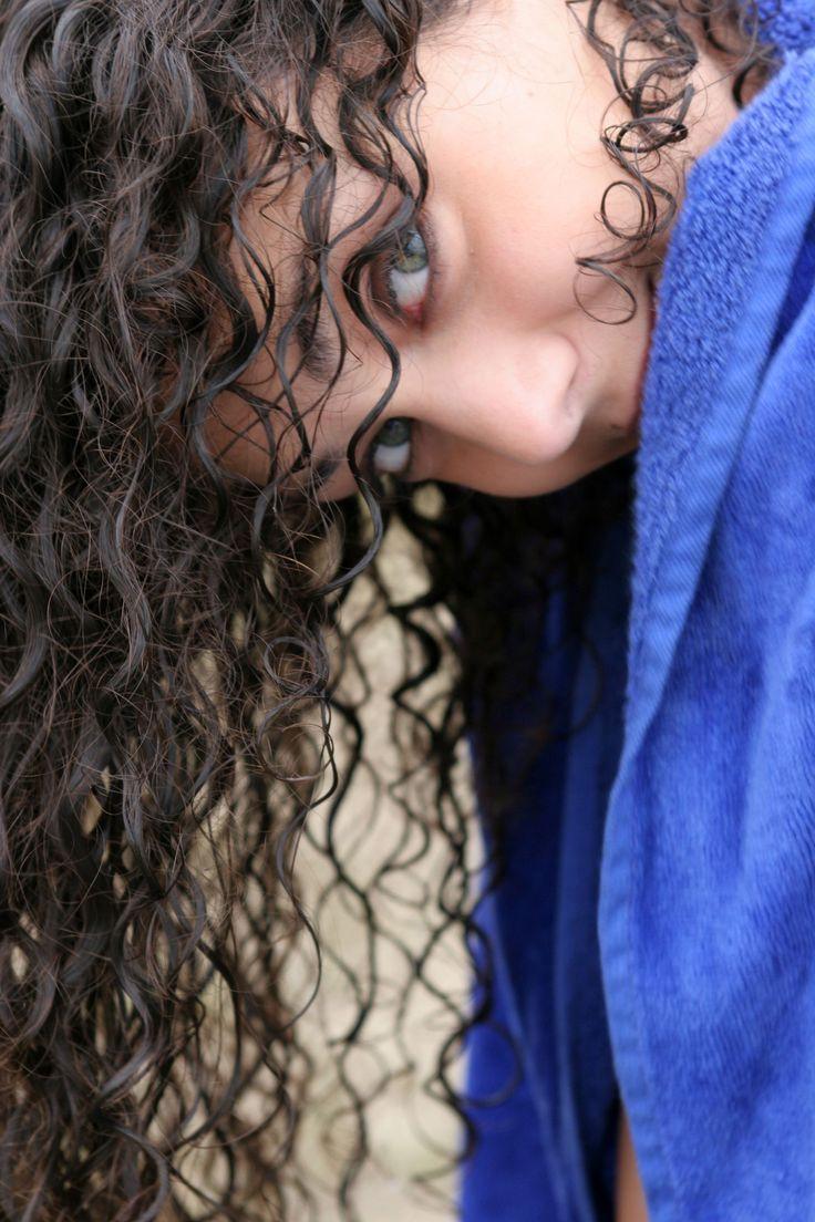 Rimedi naturali per capelli crespi e ricci - Donna Moderna