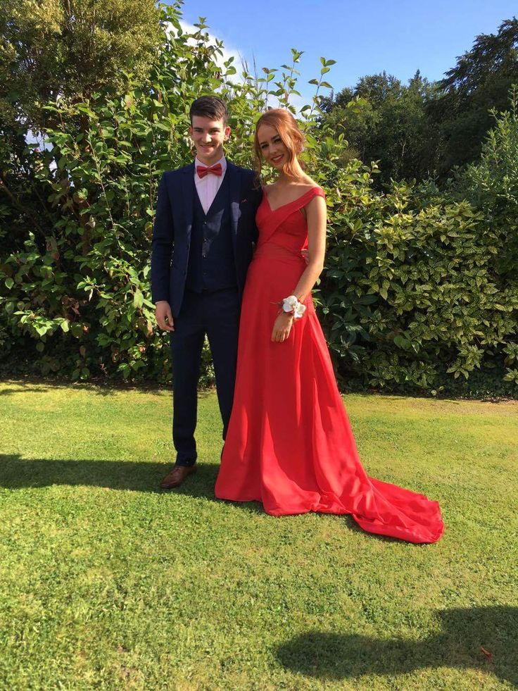 Anna Yague on her way to her Debs wearing 100% Silk Satin and 100% Silk Chiffon from CLOTH Dublin. Made by designer Denise Long