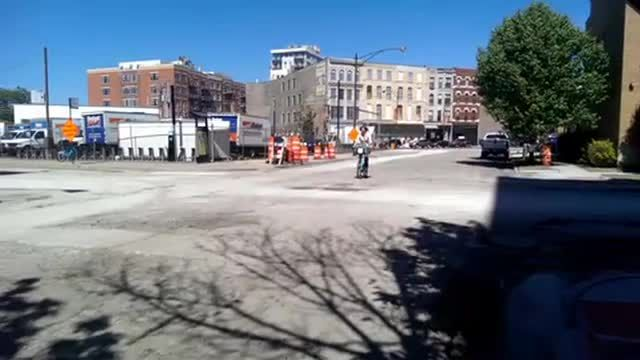 Po Campo's bike share bag in action - potholes 'n' all
