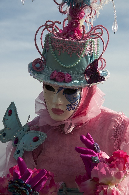 Carnevale di Venezia 2013/2013 Venice's Carinval by Claudio Ghizzo, via Flickr. #masks #venetianmasks #masquerade http://www.pinterest.com/TheHitman14/art-venetian-masks-%2B/
