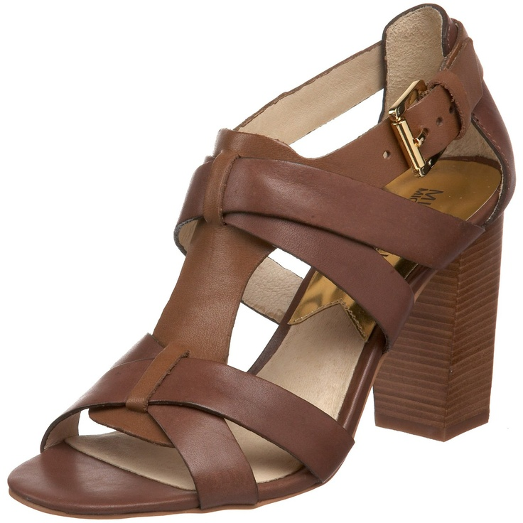 Such a good heel height for all-day comfort.Shoese Boots, Heels Heights, All Day Comforters, Shoes Sandals